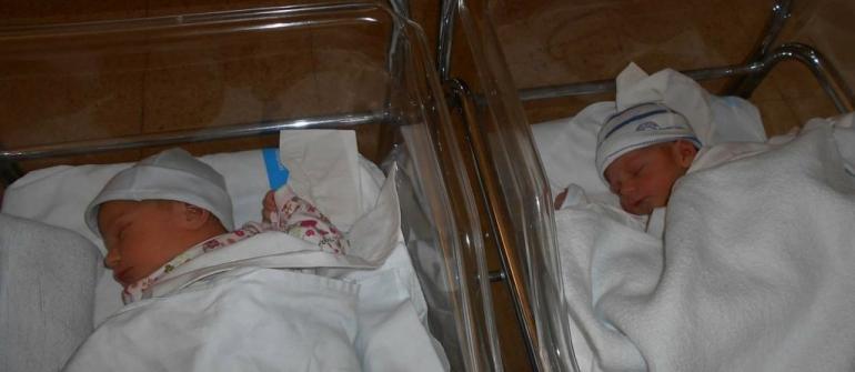 """Това са първите близнаци от кампанията """"Имаш ли дете?"""""""